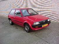 Toyota%20Starlet%20(rood%204).jpg